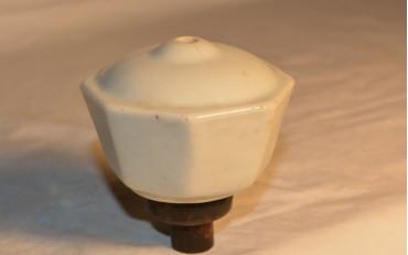 140 Porcelaine damper from Canton region circa 1930