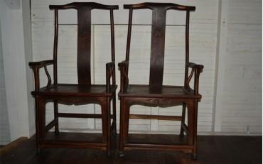 4. A pair of mahogany mandarin chairs from Qing dynasty