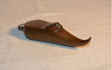 18 Beautiful opium box in copper in form of a shoe,Xian region Qing dynasty